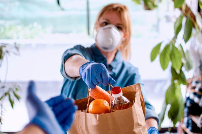 donazioni-cibo-Shutterstock