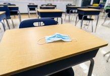 Aula scolastica (foto di repertorio Shutterstock.com)