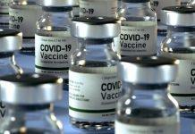 Vaccino anti-Covid (immagine Shutterstock.com)